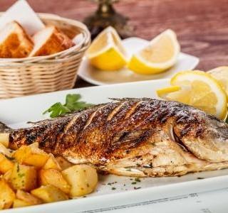 Chcete jíst zdravě? Tak nezapomínejte na ryby.