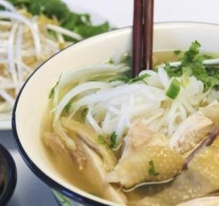 Asijská kuřecí polévka