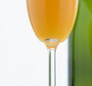 Bellini koktejl