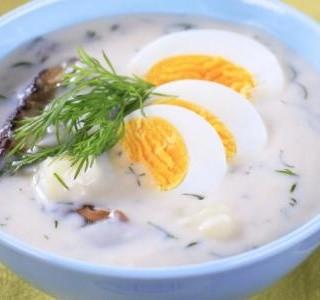 Bramborová polévka s vejci (kulajda)