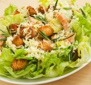 Caesar salát s Ančovičkami