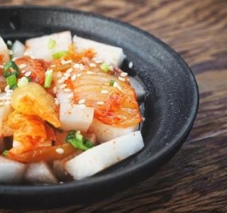 Kimchi z bíle ředkve