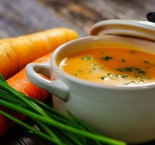 Kořeněná mrkvová polévka