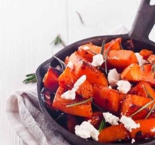 Pečená dýně s chilli a feta