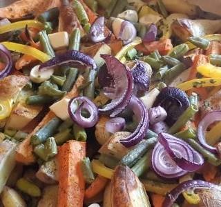Pečené brambory se zeleninou
