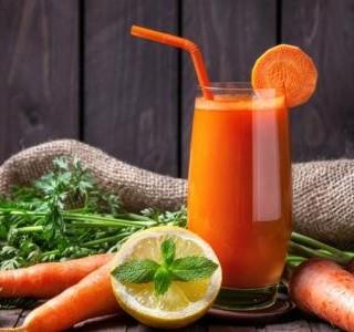 Pomerančový džus s mrkví