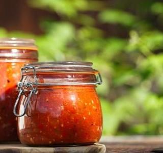 Salsa z pečených tomatillos