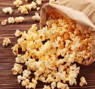 Sladký,  pikantní popcorn