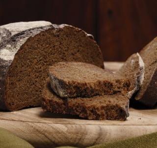Výborný domácí chléb z žitného kvásku