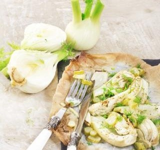 Zapečený fenykl, pórek a brambory