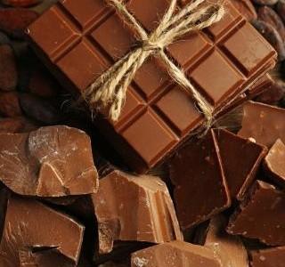 Den mléčné čokolády je tu! Oslavte tento švýcarský vynález stylově.