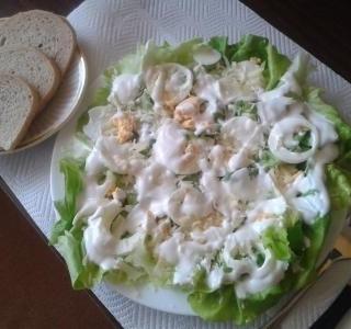 Letní večeře z hlávkového salátu