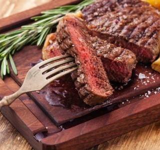 Je rizikové konzumovat červené maso, nebo nikoliv?