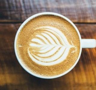 Připravte si kávu jako zkavárny. Co k tomu budete potřebovat?