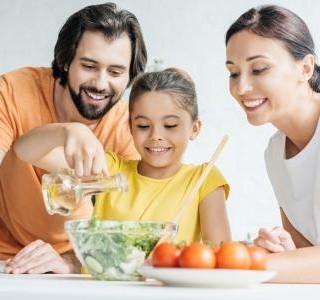Top 5 recepty na lehké letní saláty, které musíte vyzkoušet…