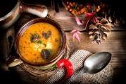Polévka z hovězí oháňky