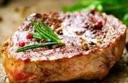 Klasický grilovaný steak