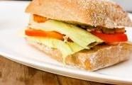 Kuřecí sendvič s mozzarellou