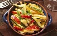 Předkrm  z jicama s limetkovou šťávou a chilli kořením