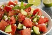 Středomořský melounový salát s medovou zálivkou
