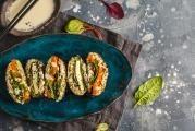 Sushi sendvič onigirazu