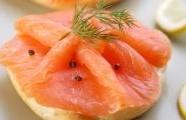 Uzený losos s citrusovou zálivkou